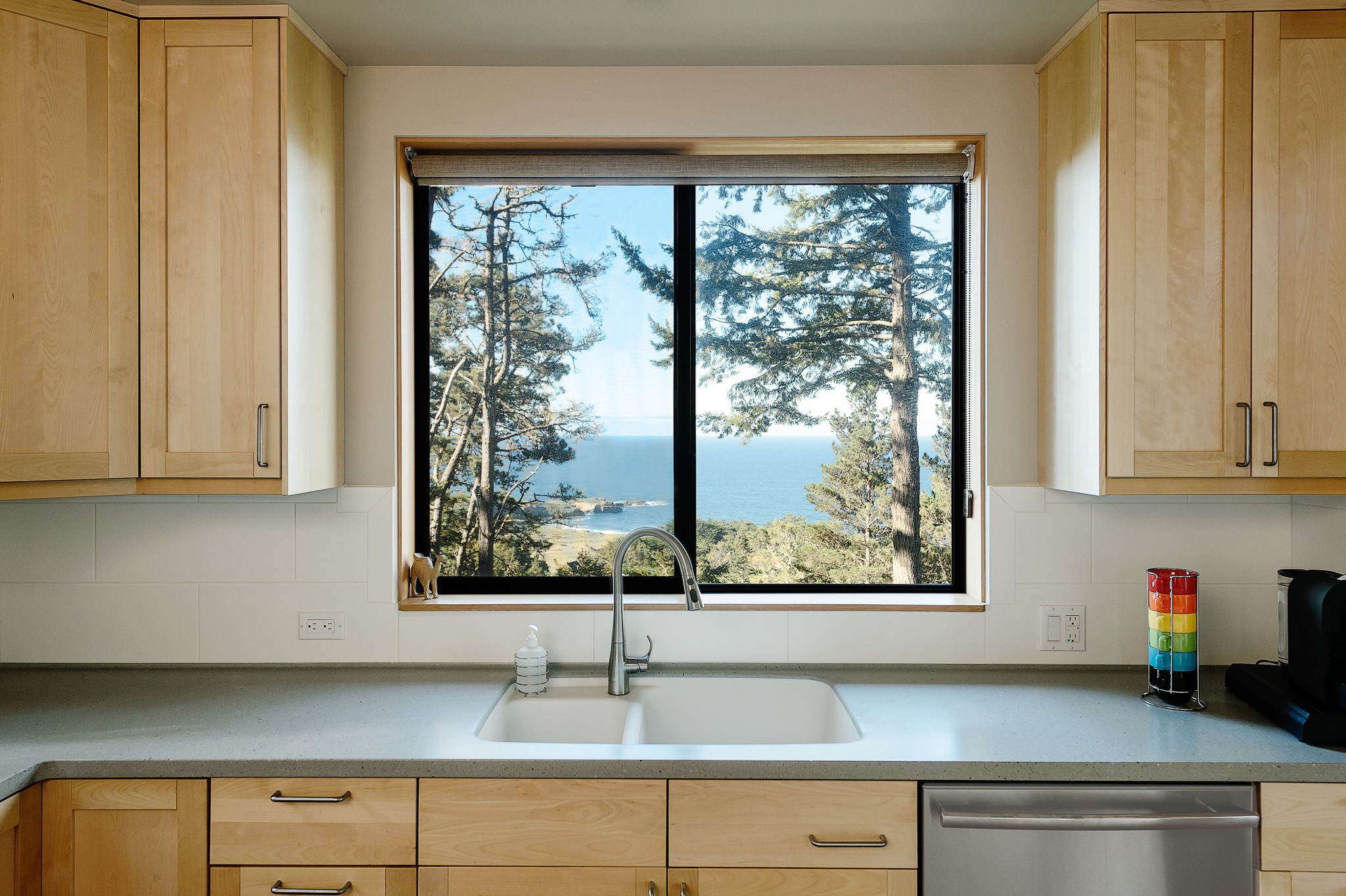 Architectural Photography: New Sea Ranch Home Soars Over Black Point ...